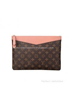 Louis Vuitton Daily Pouch M64590