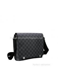 Louis Vuitton District PM N41028