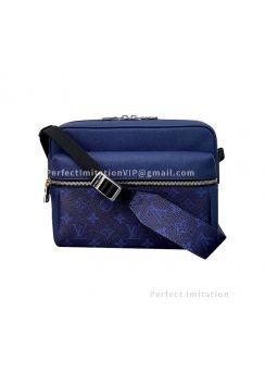Louis Vuitton Outdoor Messenger M30242