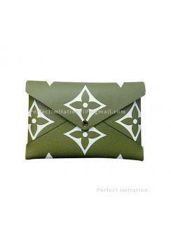 Louis Vuitton Kirigami Pochette M67600